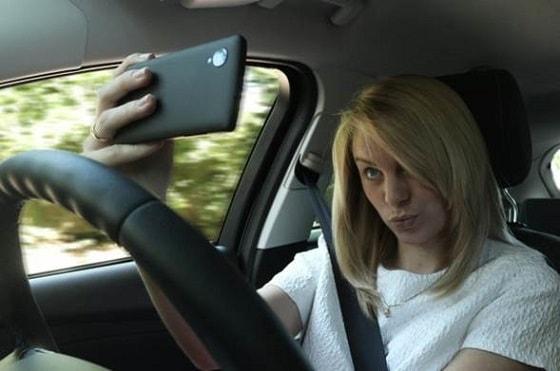 Maşın sürərkən telefonla danışanlara qorxunc statistika - 1