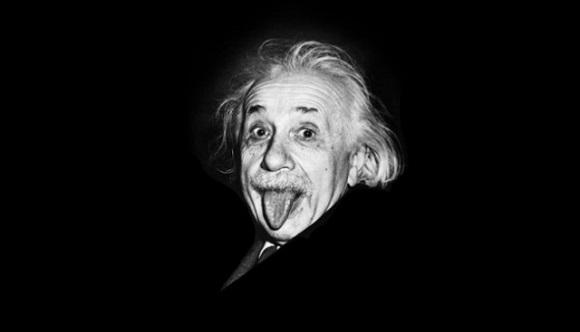 Eynşteyn ən məşhur fotosunun hansı şəraitdə çəkdirib? - 1